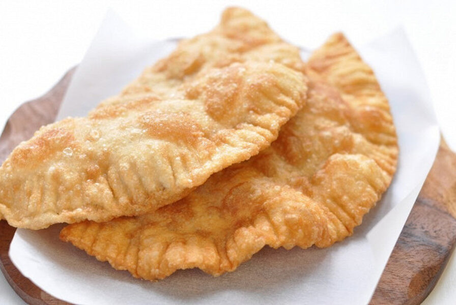 Fried pasties with cod